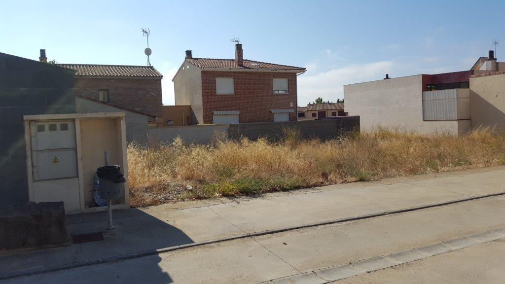 Terreno en venta,  en Almudévar