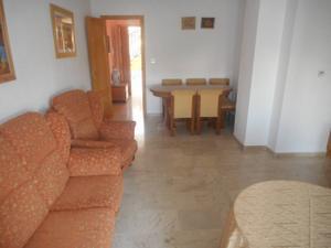 Apartamento en Alquiler en Cúllar Vega / Cúllar Vega