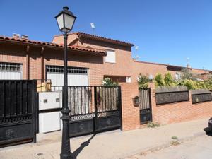 Alquiler Vivienda Casa-Chalet abedul