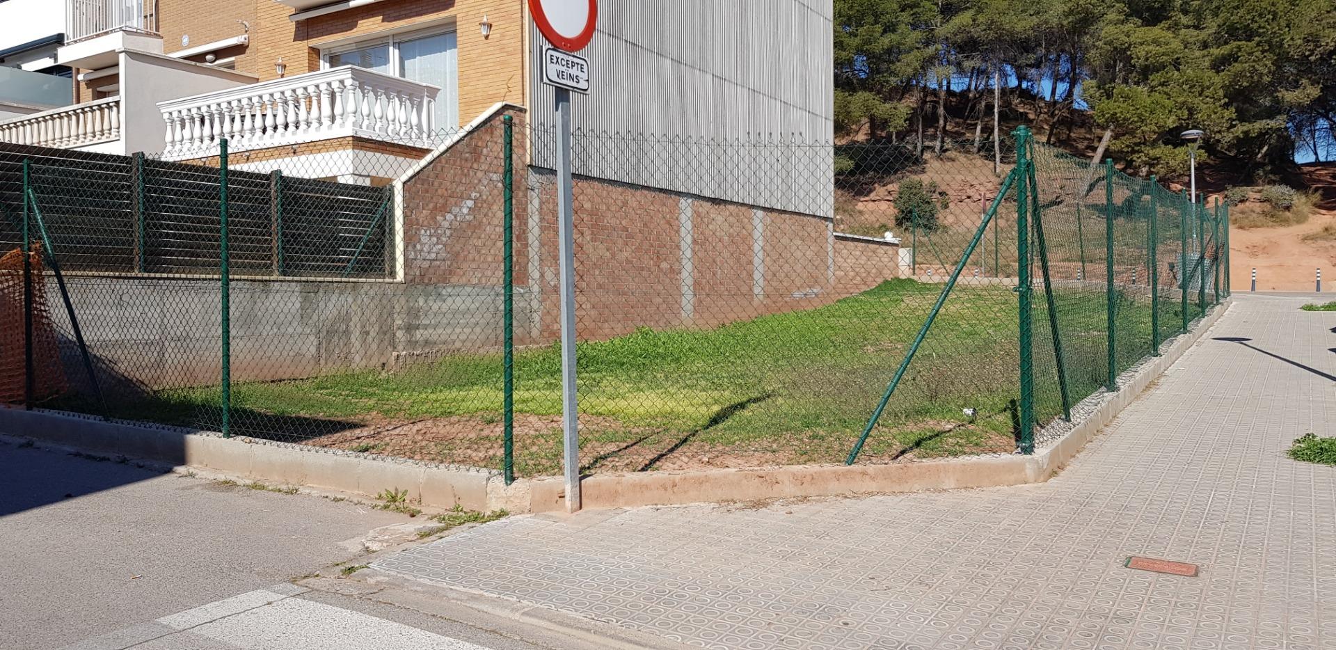 Solar urbà  Calle frederica montseny, 2
