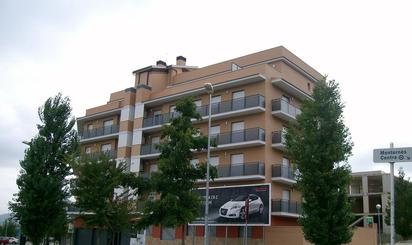 Homes for sale with lift at Montornès del Vallès