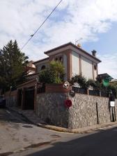 Chalet en Venta en Alcubilla / Cájar