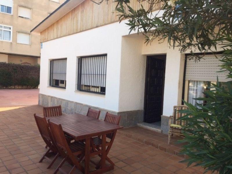 Alquiler Casa  Cerca de la playa. Los nietos/chalet