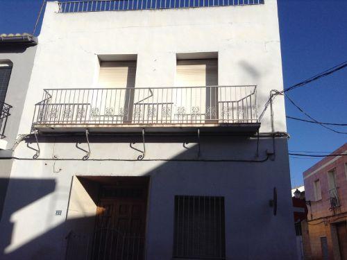 Casa  Calle blasco ibañez, 23. Casa en venta en Beniparrell, a tan solo 10 minutos de valencia.