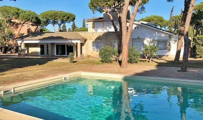 Viviendas de alquiler con piscina en Barcelona Provincia