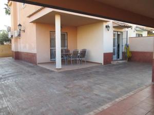 Casa adosada en Venta en Pobla de Vallbona-altos Maravisa / Urbanización San Martín - Les Penyes - Vista Calderona