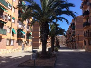 Piso en Venta en Riuclar / Torreforta