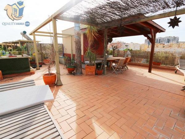 Áticos de alquiler con terraza en Alicante Provincia