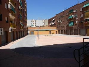 Local comercial en Venta en Ripollet ,correos / Centre - Maragall