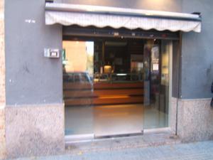 Local comercial en Traspaso en Roger de Flor / Instituts - Ponent - Sota el Camí Ral