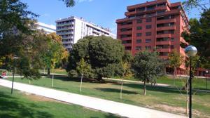Piso en Venta en Parque Bruil -  Junto Edificio Trovador / Casco Histórico
