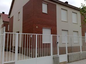 Casa adosada en Alquiler en Don Quijote de la Mancha / La Muela