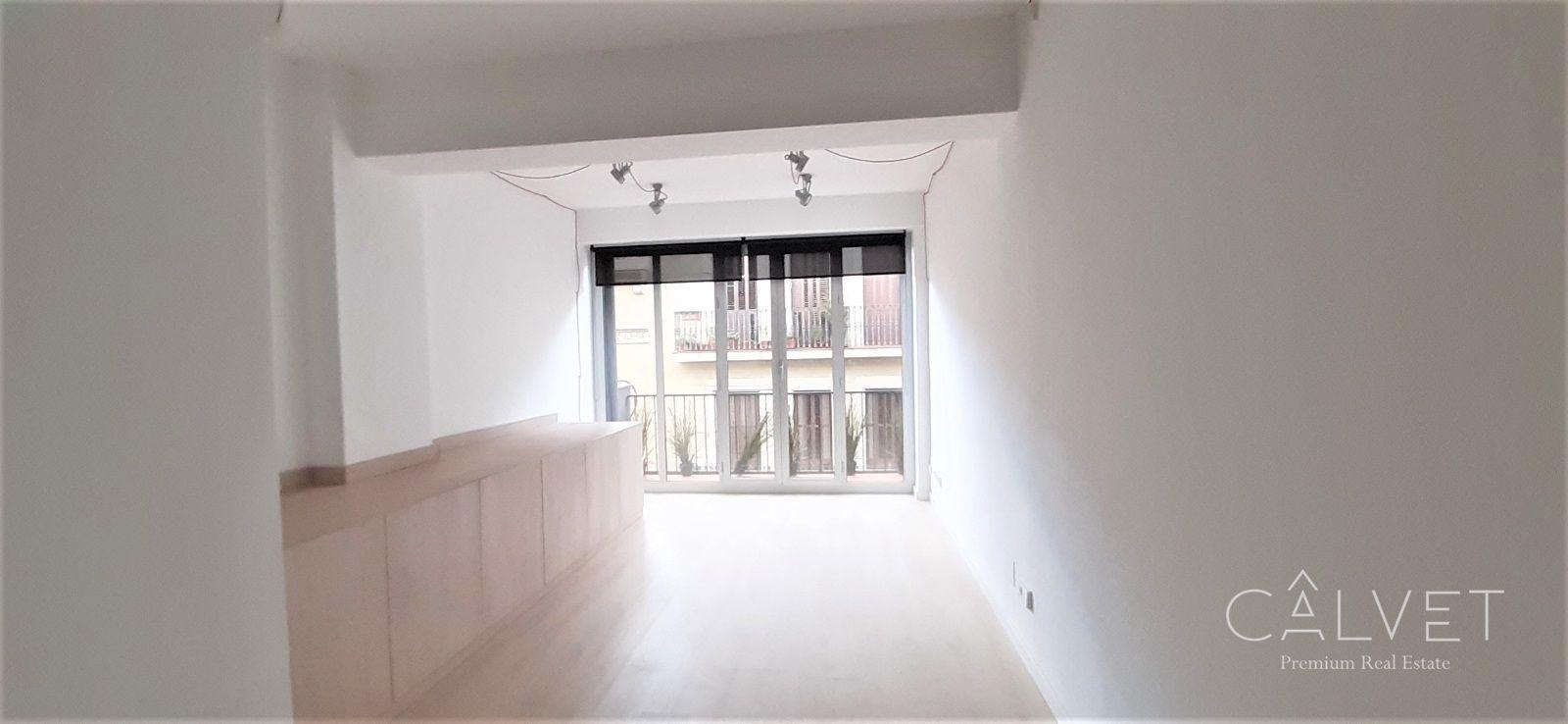 Alquiler Oficina  Via augusta. Oficina en alquiler en barcelona, con 25 m2 y 1 aseos.