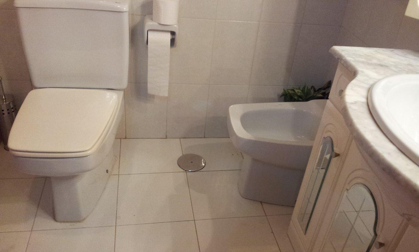 Pisos en alquiler pisos de 2 hab en piso amueblado de for Milanuncios muebles las palmas