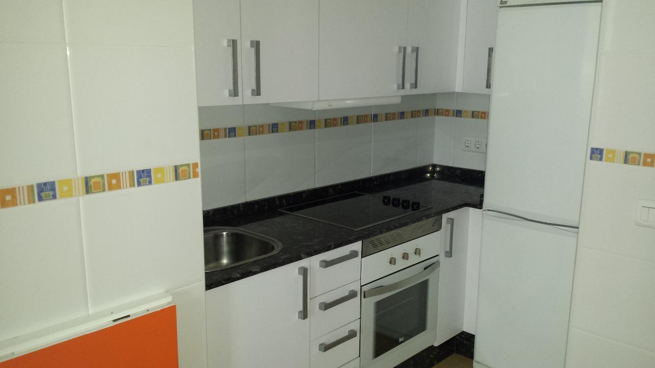 Cocinas Sin Muebles Pintando Los Muebles En Color Blanco Aadiendo  # Muebles Para Nivel Inicial