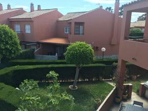 Single family semi detached for rent to own cheap at España