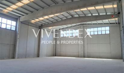 Fabrikhallen zum verkauf in Carrer Baix Llobregat, Vallirana