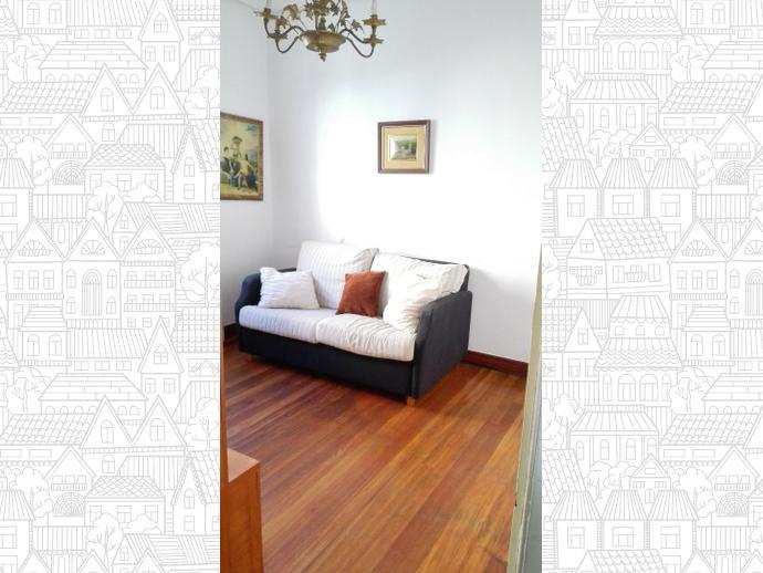 Foto 3 de Casa adosada en Calle Blas De Otero / Sestao