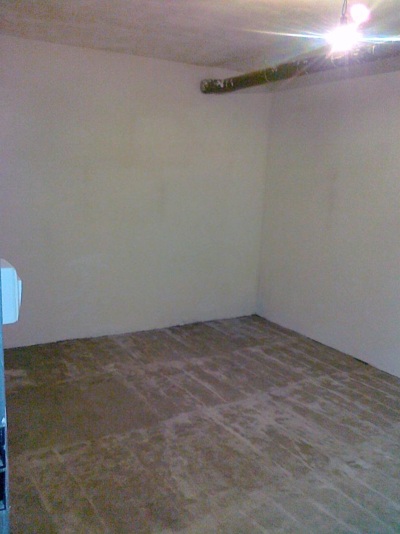 Alquiler Almacén  Calle pintor lopez mezquita, 14. Trastero en el centro de granada