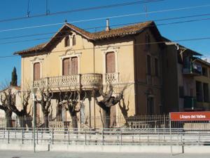 Chalet en Venta en De L'estació / Llinars del Vallès