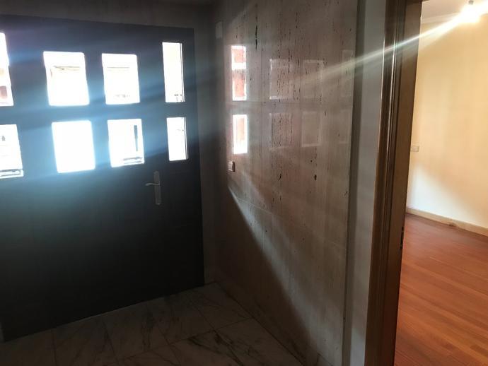 Foto 2 de Oficina de alquiler en Noreña, Asturias