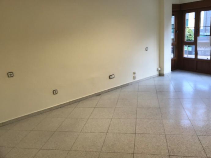 Foto 1 de Oficina de alquiler en Noreña, Asturias