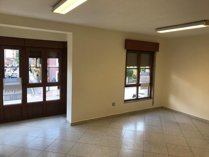 Foto 3 de Oficina de alquiler en Noreña, Asturias