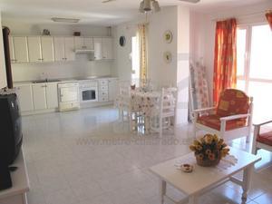 Apartamento en Venta en Magallanes, El Médano / Granadilla de Abona