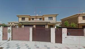 Casa adosada en Venta en El Perdigon, Chalet de Entidad Bancaria / Morales del Vino