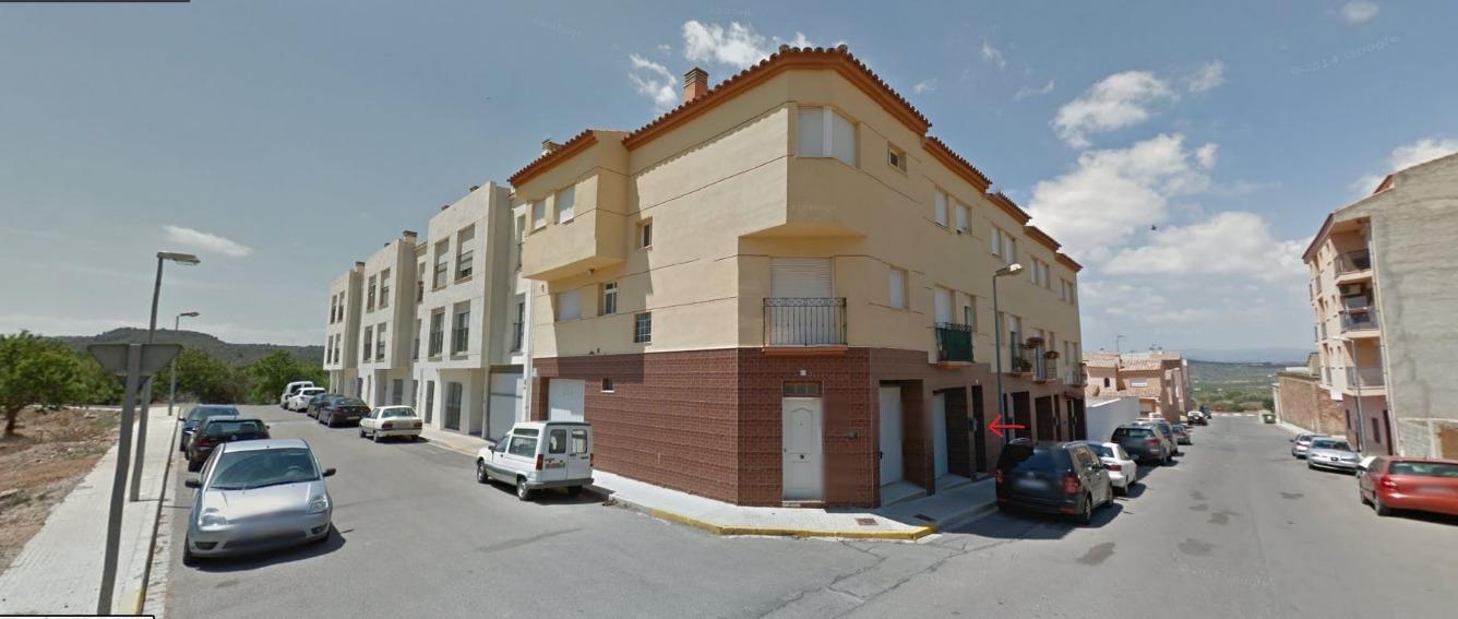 Casa  Calle pintor joan reus, chalet de fondo de inversión. Oportunidad¡¡ vendemos chalet de fondo de inversión en Vilafamés