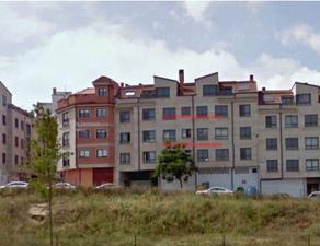 Piso en Venta en Maestre Soutullo, Piso de Entidad Bancaria /  Pontevedra Capital