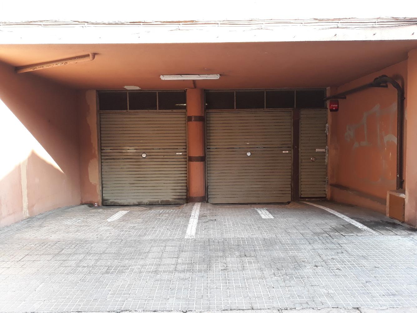 Parking coche  Calle santiago, 3