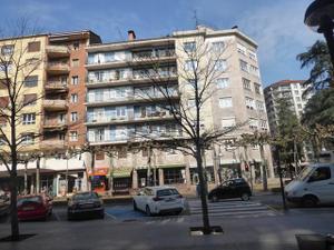 Piso en Alquiler en Centro / Tolosa