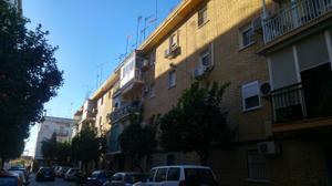 Piso en Alquiler en Dos Hermanas Ciudad - Centro - Barriada el Rocio / Centro - Doña Mercedes