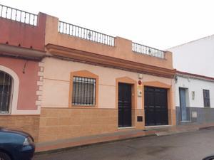 Casa adosada en Venta en Ibarburu - Dos Hermanas Ciudad - Centro / Centro - Doña Mercedes