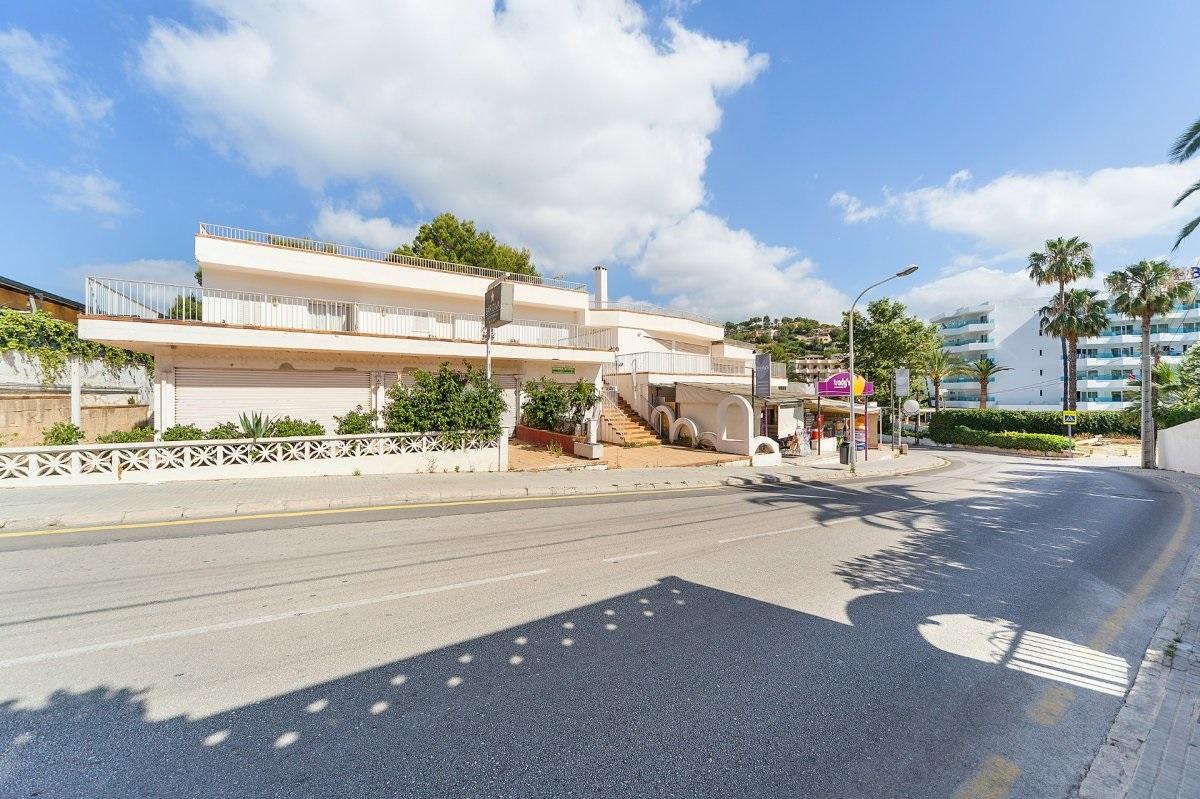 Edifici  Calle santa ponça, 6. En venta edificio comercial de dos plantas más sotano en costa d