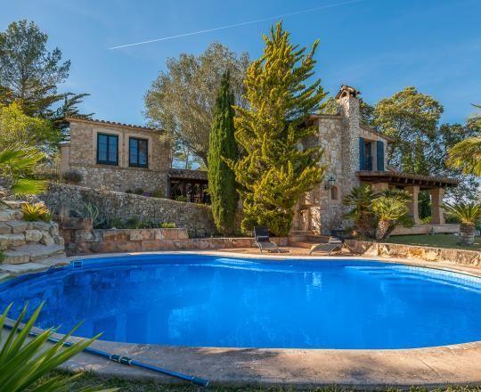 Casa  Calle san jordi. Singular finca con espectaculares vistas y piscina