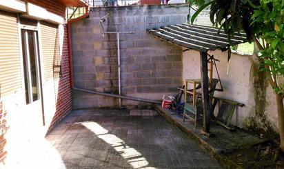 Casa adosada en venta en Cuesta Villar, La Felguera
