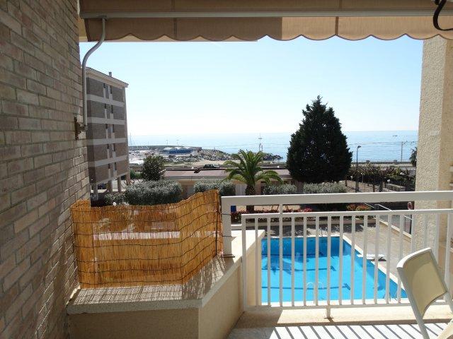 Alquiler de Temporada Piso  Paseo passeig de la riera, 89. Bonito apartamento, frente al mar, en la población de sant andre