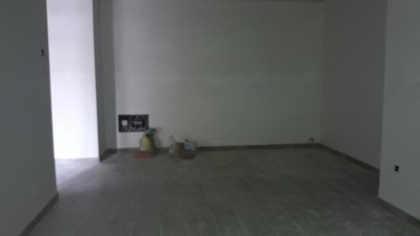 Location Appartement  Avda. puigmal. Pisos de 3 habitacions,    cuina i menjador  amb terrassa molt g