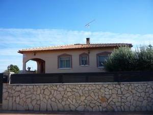 Alquiler Vivienda Casa-Chalet piera, zona de urbanizacion