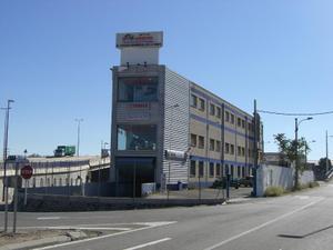 Alquiler Local comercial Nave Industrial miguel servet