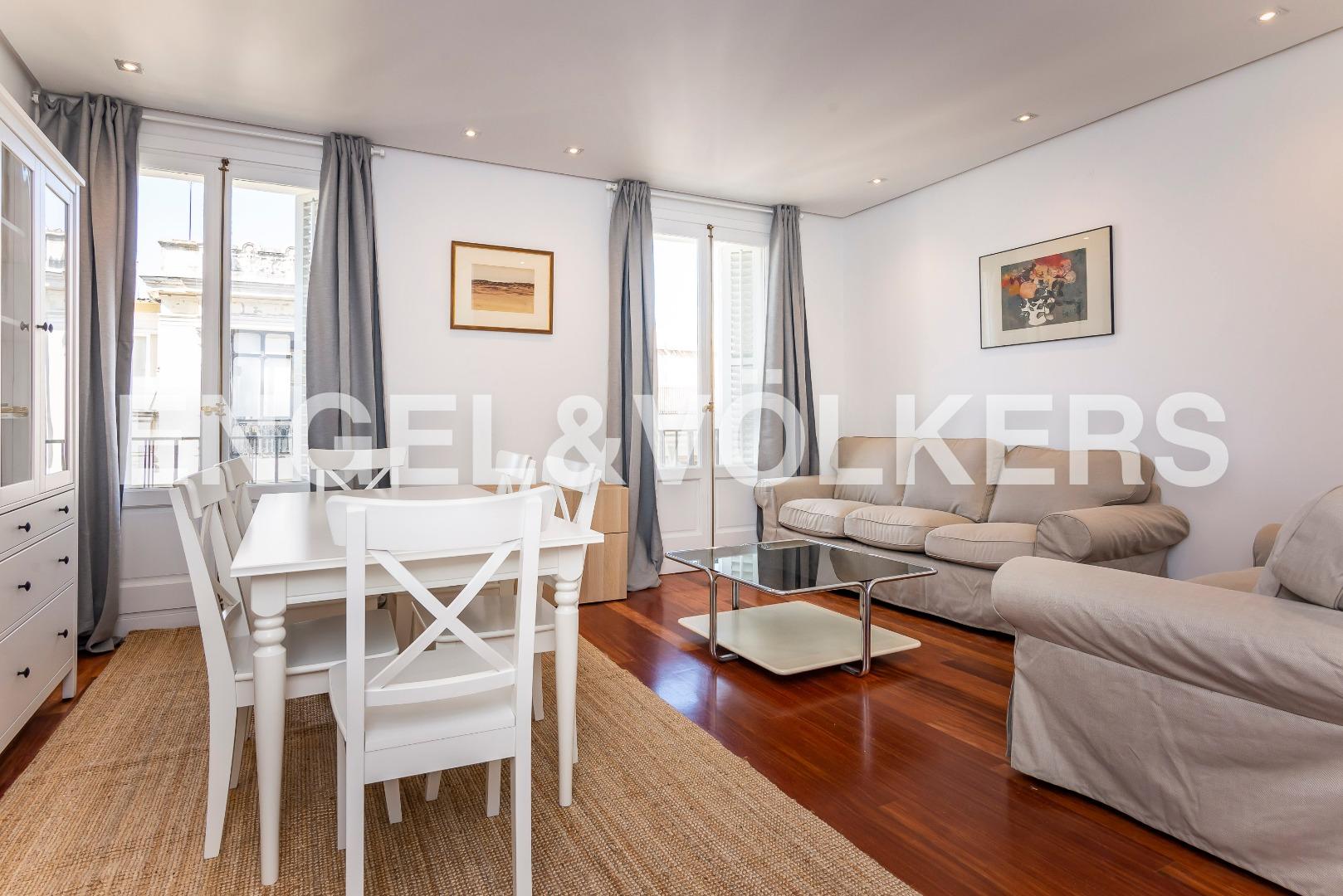 Alquiler Piso  Salamanca - recoletos. Alquiler de bonito piso amueblado en serrano