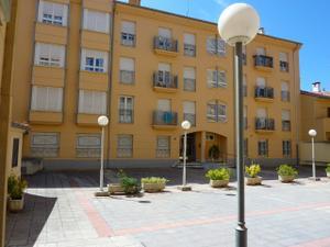Piso en Alquiler en Centro , Mercado de Abastos / Barrios Bajos - La Horta