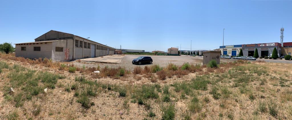 Nave industrial  Lleida capital - centre històric - rambla ferran - estació. Terreno urbanizable