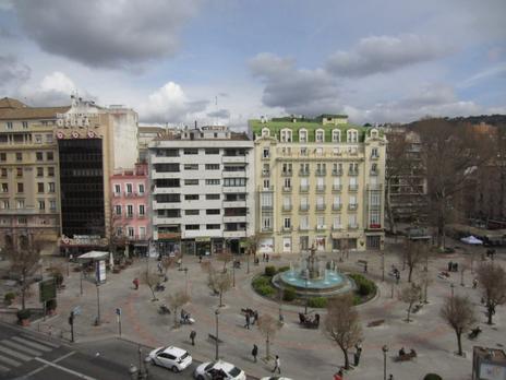 Viviendas de alquiler con terraza en Granada Capital