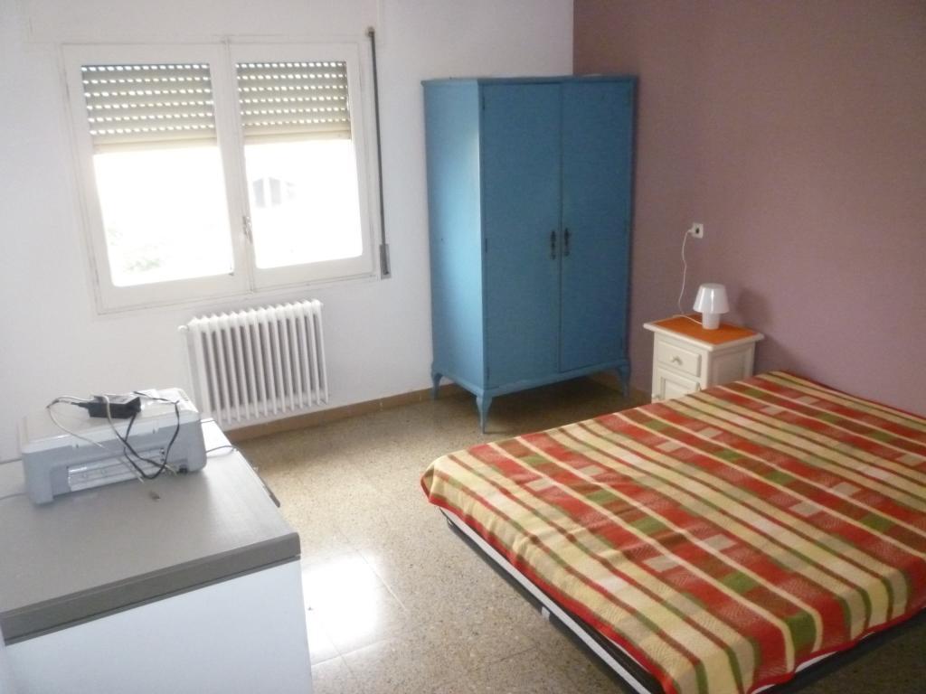Pis  Calle tarragona. Pisos en Oliana de 4 dormitorios