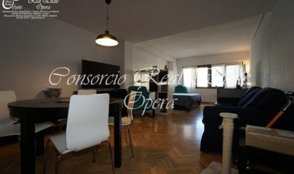 Estudios de alquiler en Jardines de Sabatini, Madrid