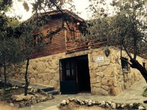 Chalet en Alquiler en Asturias / Hoyo de Manzanares