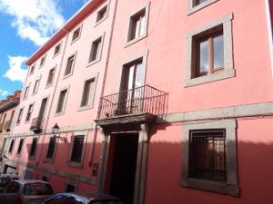 Piso en Alquiler en Duque de Medinaceli / Centro - Casco Histórico